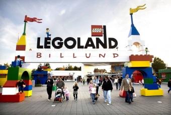 FILE DENMARK ECONOMY LEGO